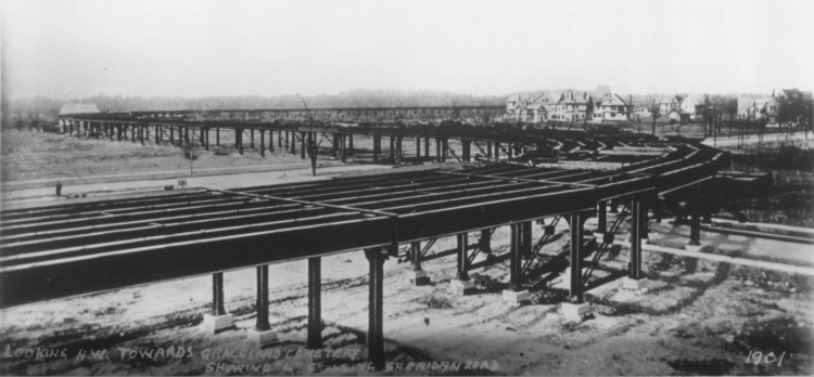 Construction of el tracks at Sheridan Station