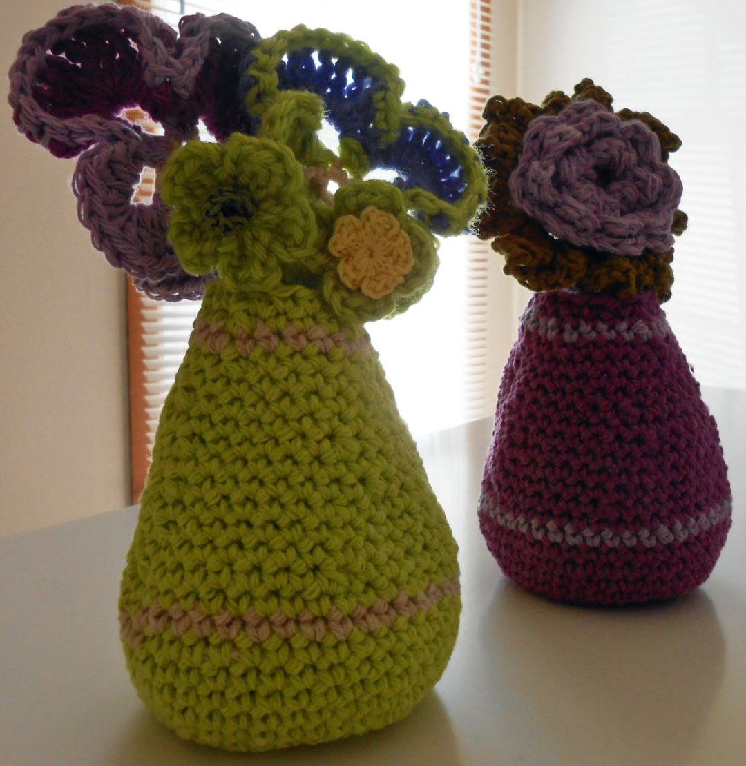 bud vase by sandra james crochet x knit hydrogen ink. Black Bedroom Furniture Sets. Home Design Ideas